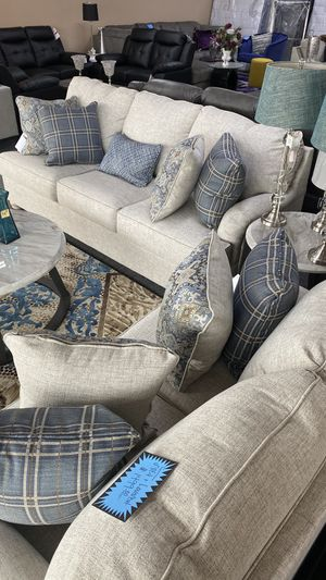 New Two Piece Sofa and Love Seat Beige Color with 9 Accent Pillows H7 for Sale in Euless, TX