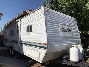 2002 Layton lite trailer for Sale in Moreno Valley, CA