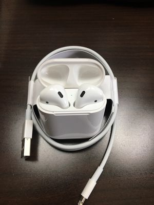 Apple Airpods 1st Gen for Sale in Miami Gardens, FL