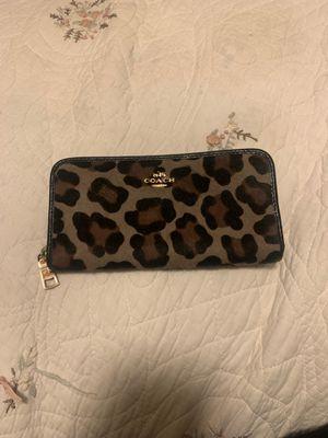 Leopard coach wallet for Sale in Fullerton, CA