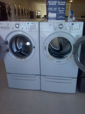 Lg washer and dryer pedestal used good condition 90days warranty for Sale in Mount Rainier, MD