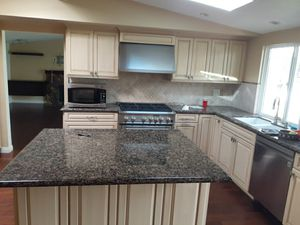 Kitchen cabinets and counter top for Sale in Fullerton, CA