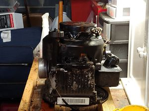 Craftsman Briggs& Stratton 550 series Silver Edition 158cc 22 inch cut . Motor is good plus 4 wheels for Sale in Kingsport, TN