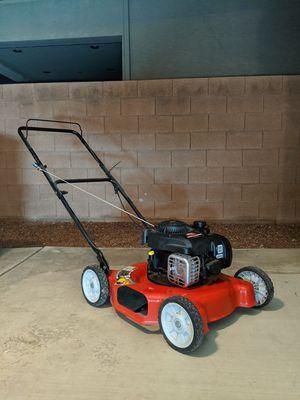 Briggs and Stratton 125cc lawn mower. for Sale in North Las Vegas, NV