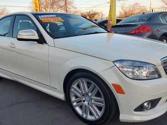 2008 MERCEDES-BENZ C300 FULLY LOADED AND RUNS EXCELLENT for Sale in Modesto,  CA
