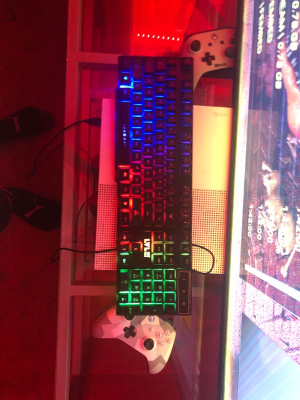 Keyboard with led lights