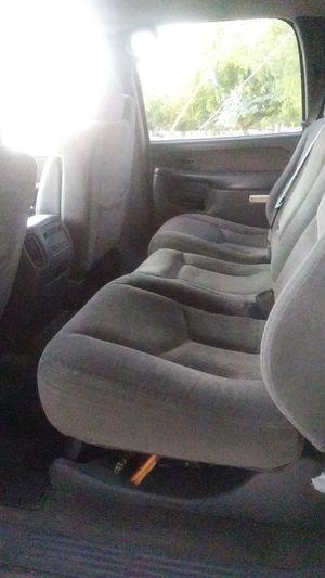 Chevy Silverado 2003 4 door 2,500 hd cheveraldo 4x4 for Sale in Glendale, AZ