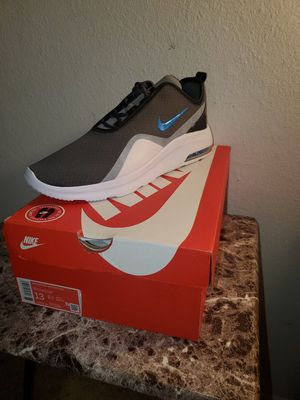 Nike Air Max Motion 2 for Sale in Fullerton, CA