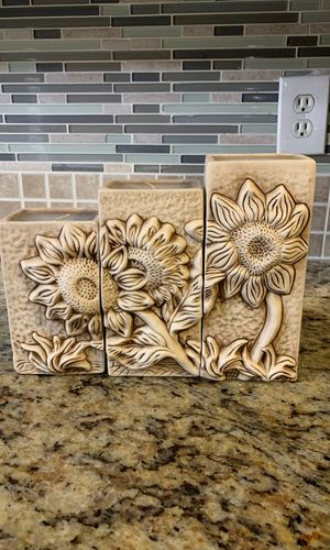 Flower candle set for Sale in Converse, TX