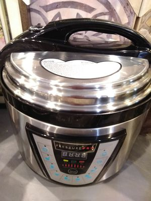 Pressure cooker professional for Sale in Modesto, CA