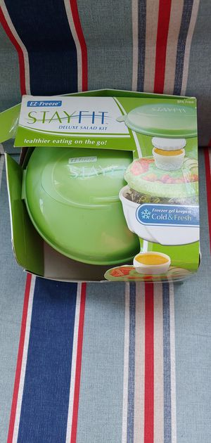 Salad lunch container for Sale in Methuen, MA