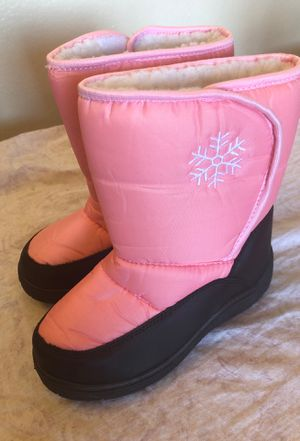 Snow boots size 1 kids for Sale in Ontario, CA