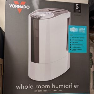 Vornado UH100 Ultrasonic Cool Mist Humidifier for Sale in Los Angeles, CA