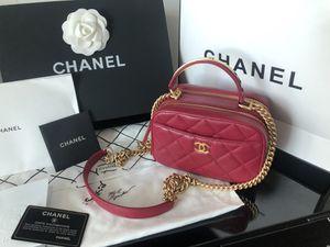 Chanel Mini Caviar Camera Case with Top Handle for Sale in Miami Beach, FL