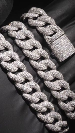3D Custom jewelry - cuban link necklace for Sale in Lawndale, CA