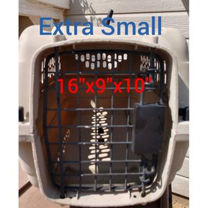 XS Grreat Choice Pet Taxi Dog Kennel for Sale in Hesperia, CA