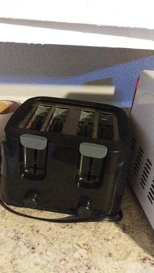 4 slice toaster for Sale in Wichita Falls, TX