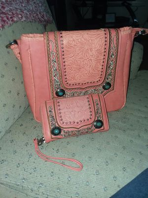 Matching purse and wallet for Sale in Lancaster, OH