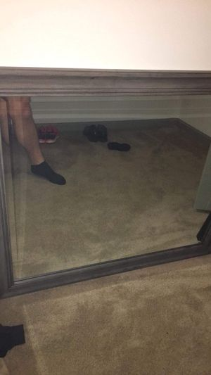 Dresser mirror for Sale in Alexandria, VA