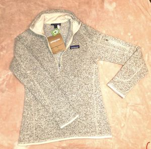 Patagonia sweater new size xxs for Sale in San Jose, CA