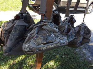 Mossy Oak redhead duffle bags for Sale in Boca Raton, FL