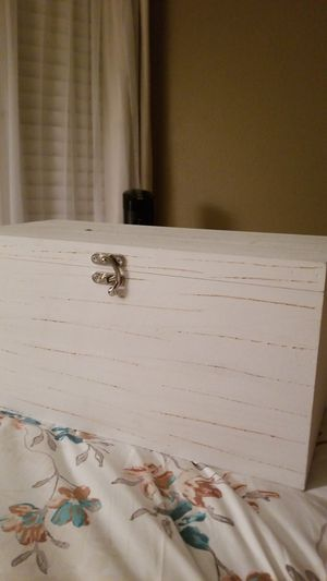 Rustic White Wedding Card Box for Sale in Ladera Ranch, CA