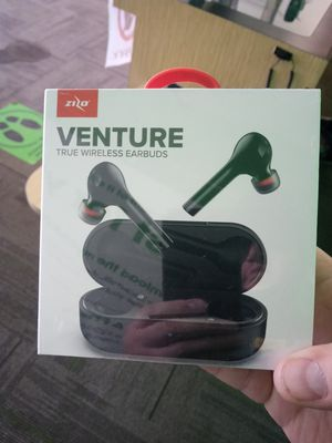 Zizo venture wireless earbuds. for Sale in San Angelo, TX