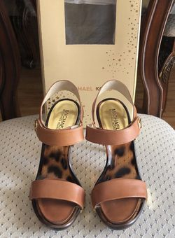 Michael Kors Women Sandals for Sale in Los Angeles,  CA