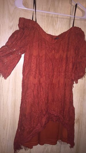 Off the shoulder dress size small for Sale in Farmville, VA