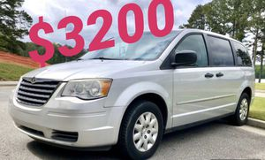 2009 chrysler town country for Sale in Buford, GA