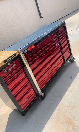 Snap on tool box fully loaded for Sale in Wichita, KS
