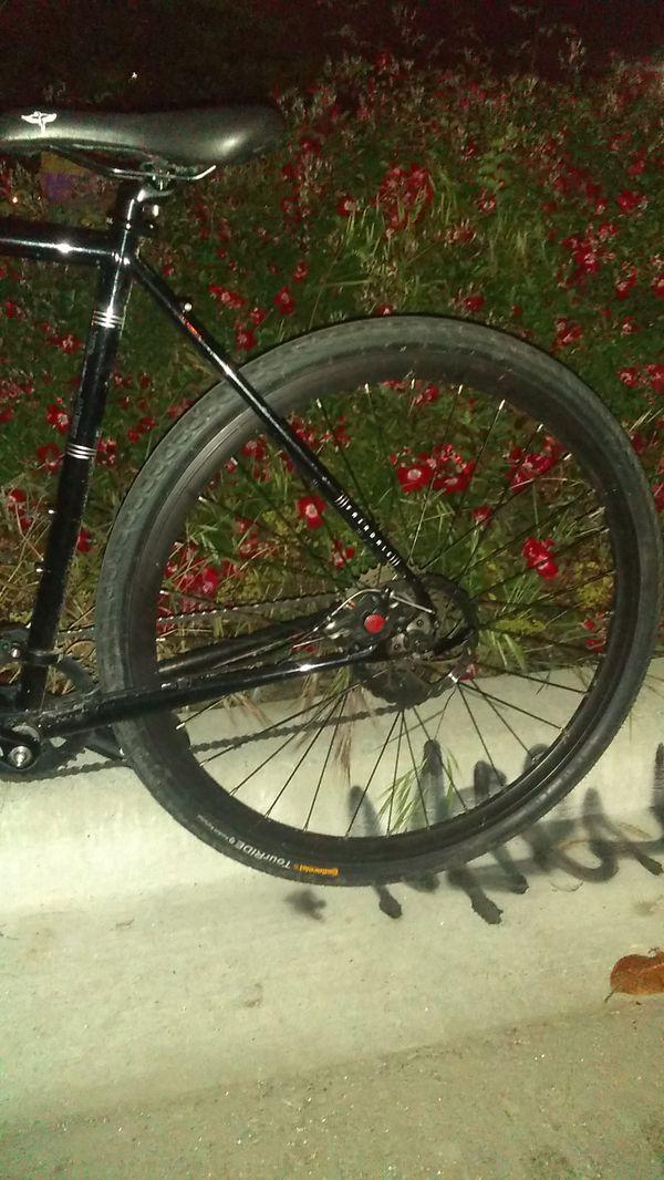 Nice 29 inch fairdale dual disc brake road bike
