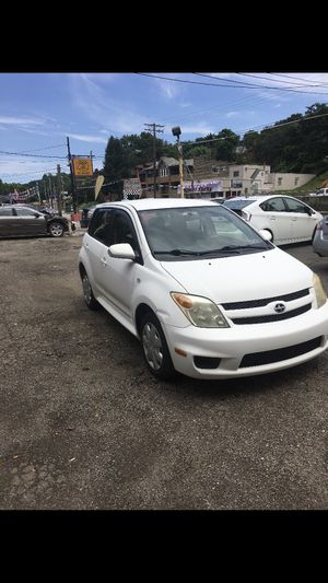 2006 Toyota Scion xA for Sale in Pittsburgh, PA