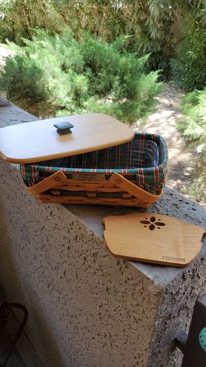 Longaberger Christmas Basket for Sale in Scottsdale, AZ
