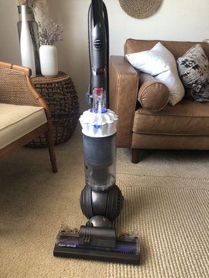 Dyson Slim Ball Animal Upright Vacuum for Sale in Auburn, WA