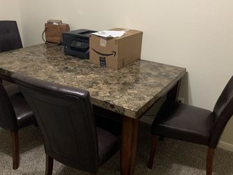 Marble Dining Table for Sale in La Porte,  TX