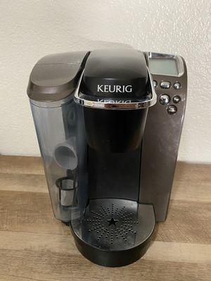Keurig Platinum Single-Cup Coffee Brewer (Model B70) for Sale in Fresno, CA