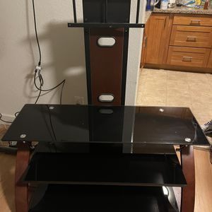 glass tv stand $100 obo for Sale in Des Moines, WA
