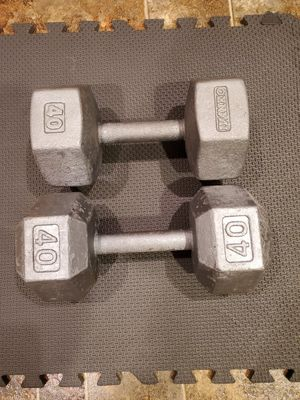 2x40 Pounds Dumbells Free Weights for Sale in Steilacoom, WA