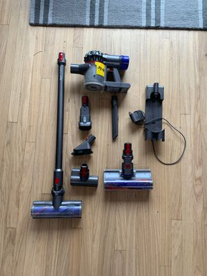 Dyson v7 Animal Absolute - grey for Sale in Bellevue, WA