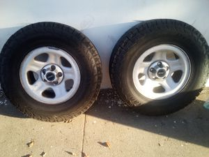 Jeep 4 Tires And Rim 30×9.50R15LT for Sale in Pomona, CA