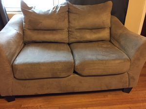 Couch & love seat for Sale in Clearwater, FL