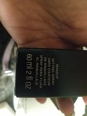 avon setting spray for Sale in Belmond, IA