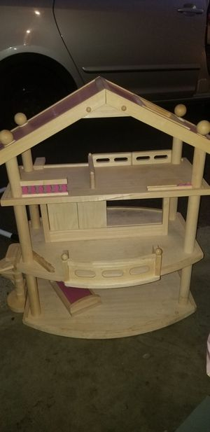 Doll house for Sale in Richland, WA