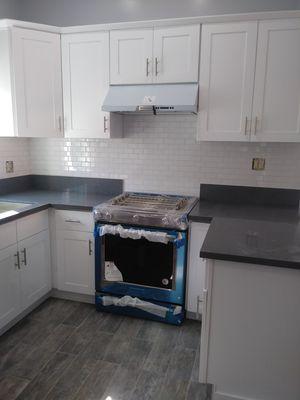 Kitchen cabinets for Sale in Carson, CA