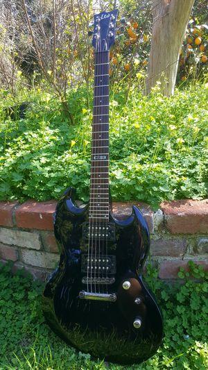 ESP LTD VIPER 10 GUITAR for Sale in West Covina, CA