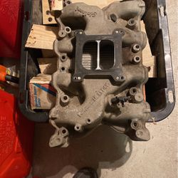 Edelbrock Performer 351-4V Aluminum Intake for Sale in Yelm,  WA