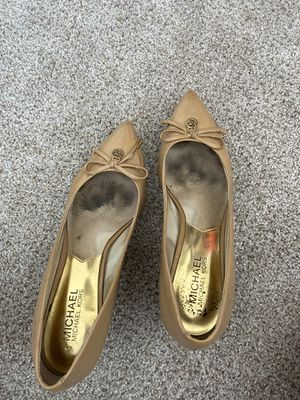 Michael Kors nude pumps for Sale in San Diego, CA