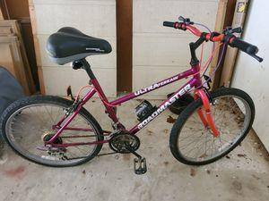 Girls 2 wheel bike for Sale in Roanoke, TX
