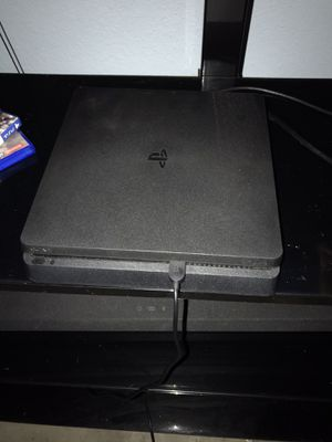 PS4 Bundle & Headset for Sale in Corpus Christi, TX
